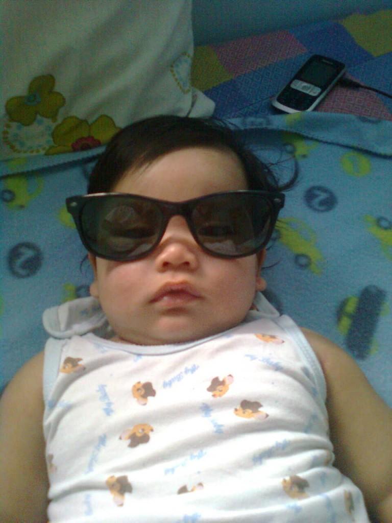 baby, shades